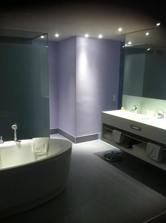 Radisson Blu Resort Split : nice stay- bathroom of junior suite