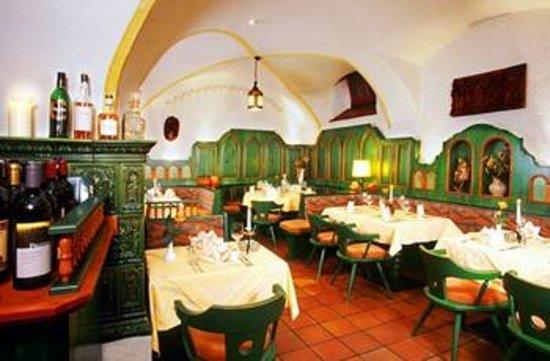 Hotel-Restaurant Mader: Weinkeller