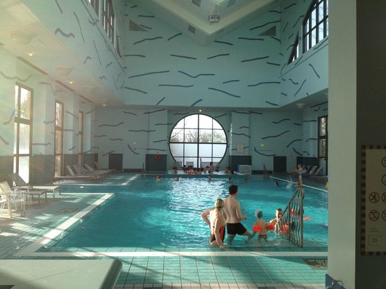 piscine du new york picture of disney 39 s hotel new york
