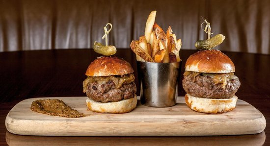 Bond Restaurant and Lounge : BOND food