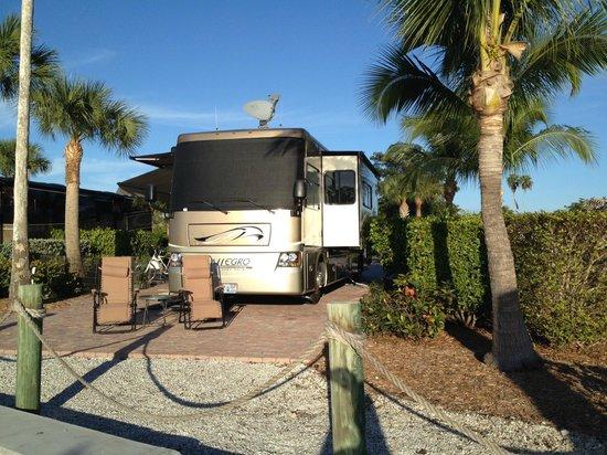 Everglades Isle RV Resort: Everglades Isle RV Space