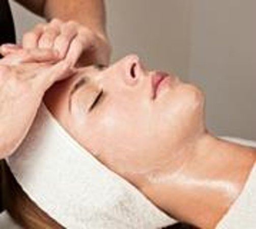 Nina's European Day Spa & Laser Center: This Stress Release treatment  not only helps to cleanse, but to detoxify the skin as well. This
