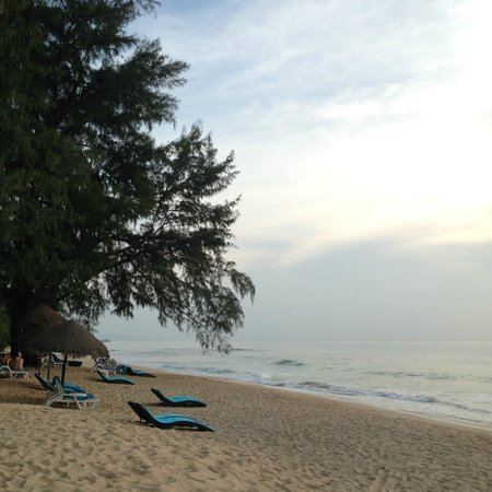 Natai Beach Resort & Spa, Phang-nga: The private beach