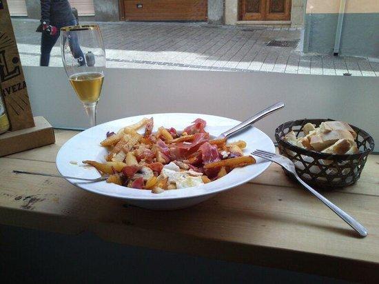 Cafe Bar Varela 11: Huevos rotos!!!