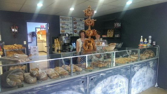 Ciabatta Cafe and Bakery: Plenty of delicious choices to tempt you!