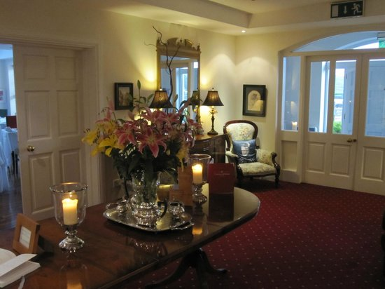 Castlewood House: lovely house