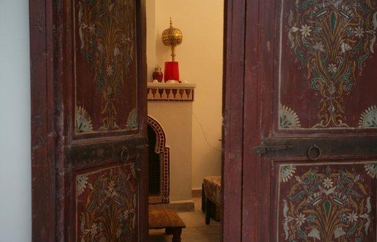 Riad La Cigale: Entrance to living area