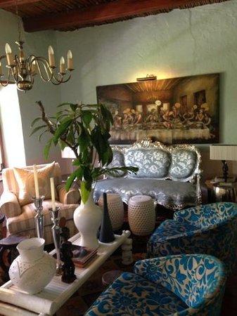 Augusta de Mist Country House: The Parcel Room
