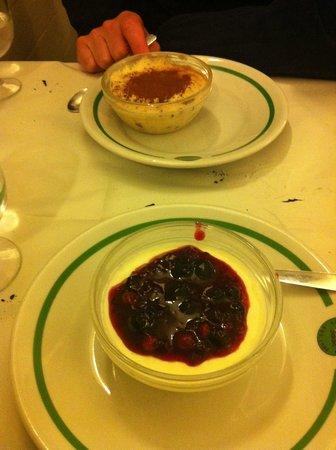 La Montecarlo: Tiramisu and panna cotta