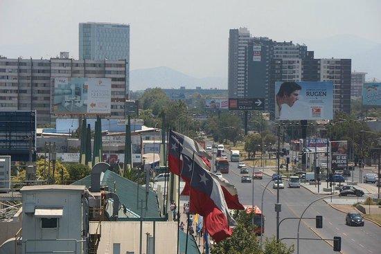 Ibis Santiago Estacion Central : Vista do quarto do Ibis Estação Central