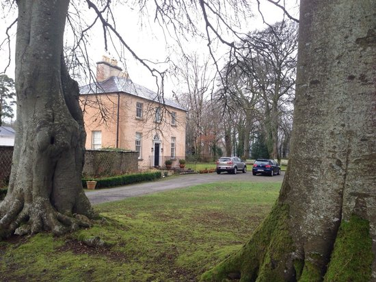 Killinagh House: View from driveway