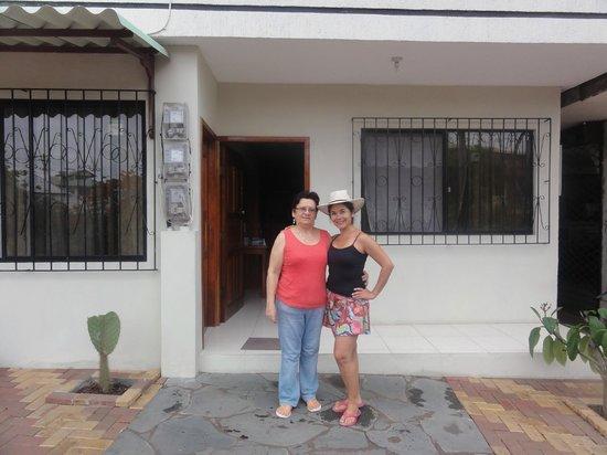 Casa Mabell: Con Mercedes, la amable anfitriona.