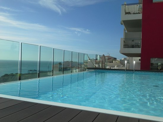 Rocamar Exclusive Hotel & Spa: the heated roof top pool