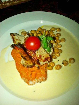 Von Krahli Aed: Chicken with pumpkim sauce and around