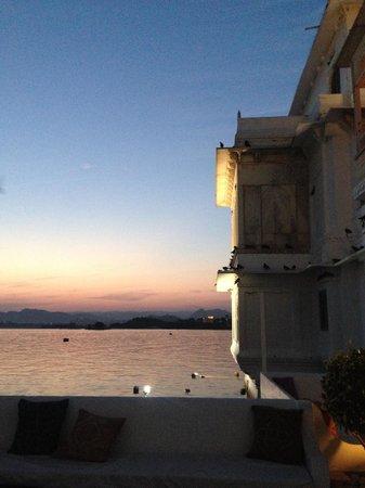 Taj Lake Palace Udaipur: Sunset