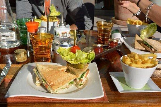 L'Orange Verte: Club