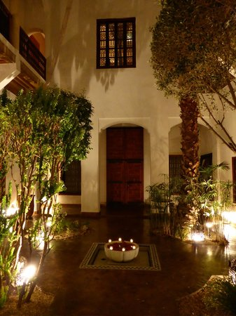 Riad l'Orangeraie: The riad, internal garden
