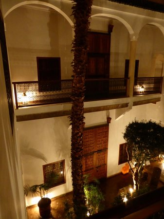 Riad l'Orangeraie: The riad, internal garden, view from 1st floor