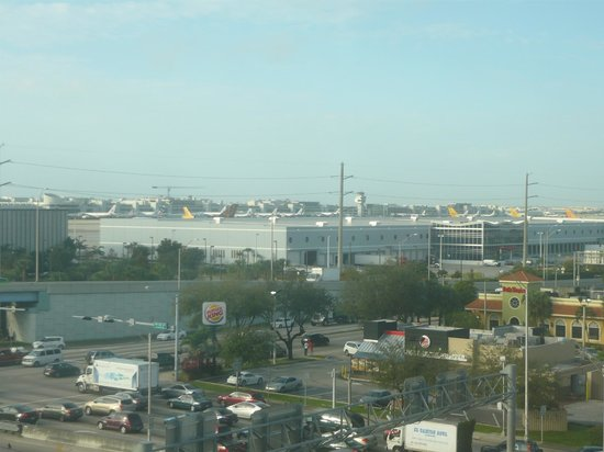 Holiday Inn Miami International Airport: View from room