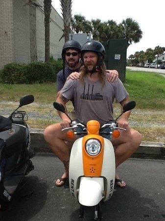 Port City Moped : Funniest guys so far