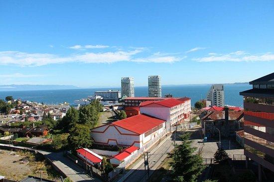 Hotel Manquehue Puerto Montt : Vista de um dos quartos do Hotel Manquehue