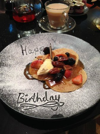 Hotel Indigo London Kensington: Breakfast Pancakes