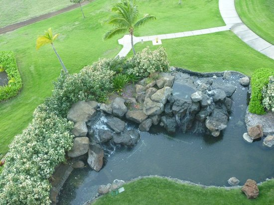 Honua Kai Resort & Spa : Grounds looking down from our balcony
