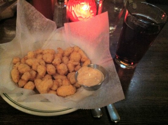 The Old Fashioned : Old Fashioned Cheese Curds