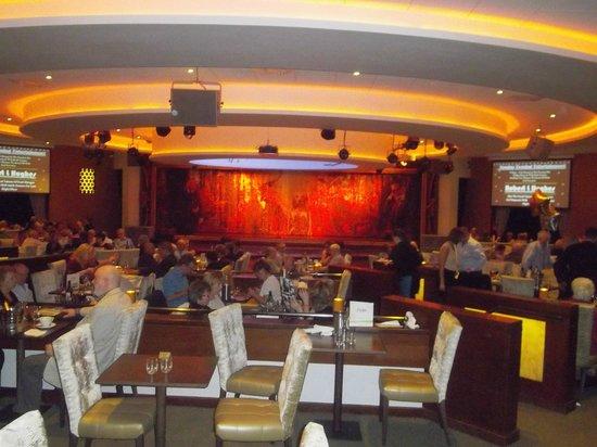 Warner Leisure Hotels Alvaston Hall Hotel: Dance Area and Stage in Cabaret Diner @ Alvaston Hall Hotel (January 2014)
