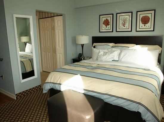 Homewood Suites by Hilton - Bonita Springs : Our King bed Studio Suite