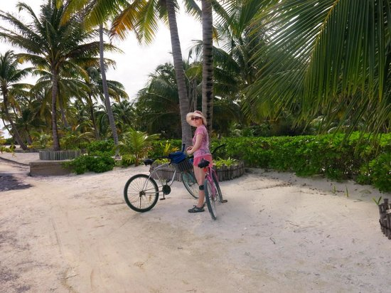 X'tan Ha Resort: Biking to town -- better than water taxi