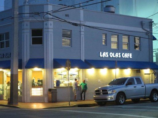 Picture Of Las Olas Cafe Miami Beach