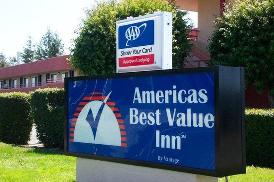 Americas Best Value Inn - Santa Rosa : Exterior