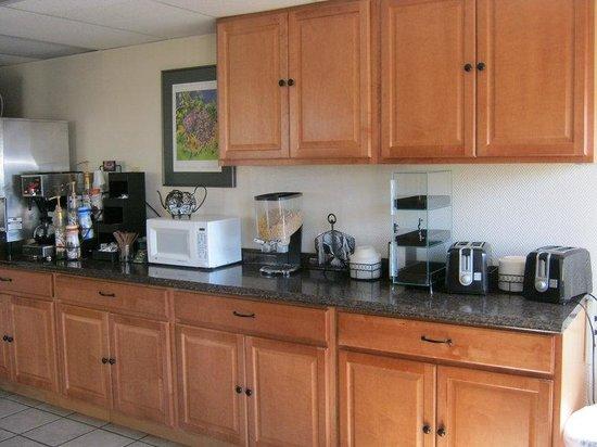 Americas Best Value Inn- Grand Junction : Breakfast_Area