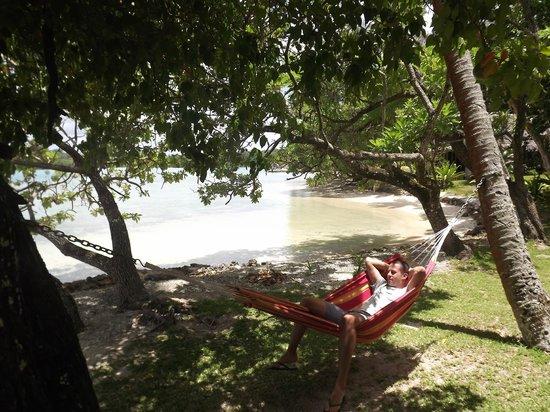 Erakor Island Resort & Spa : hammock outside our room
