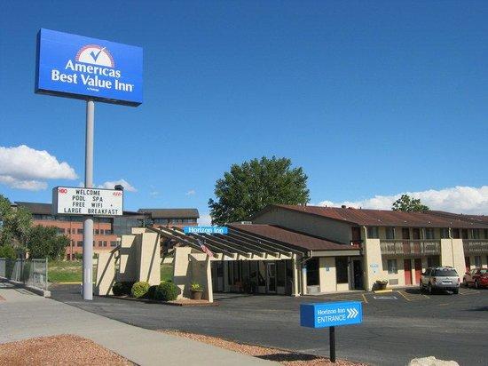 Americas Best Value Inn- Grand Junction : Exterior_3