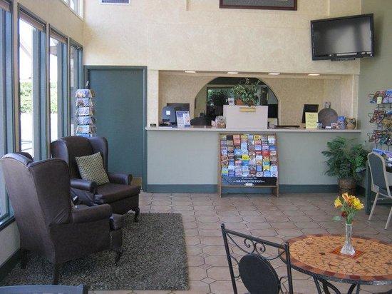 Americas Best Value Inn- Grand Junction : Lobby