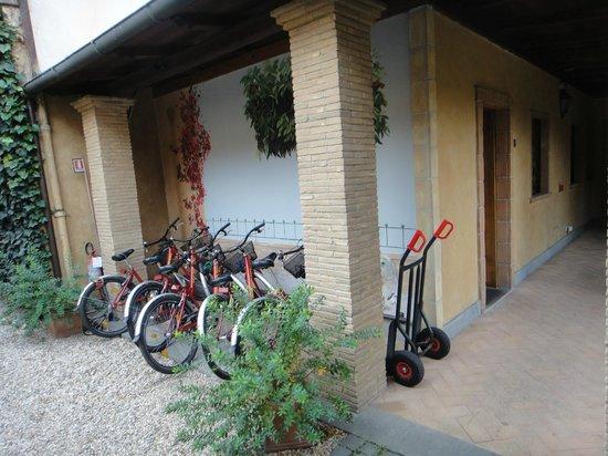 Hotel Santa Maria: 免費借用的腳踏車