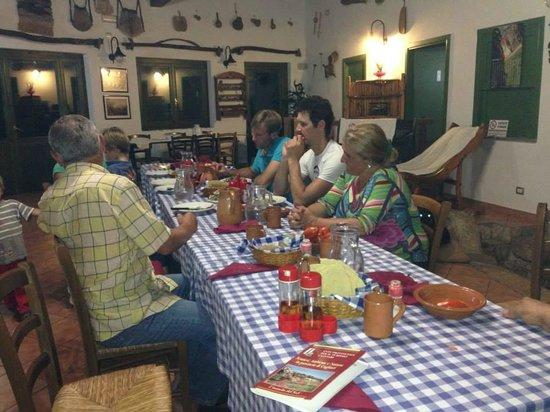 Centro Ippico Agrituristico del Sarrabus: Abendessen bei Tonino & Marisa