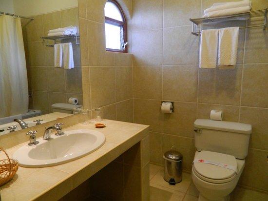 Hotel Agustos Urubamba: Muy cómodo, buena ducha