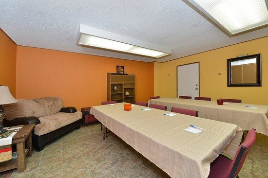 Americas Best Value Inn Kalispell: Meeting Room