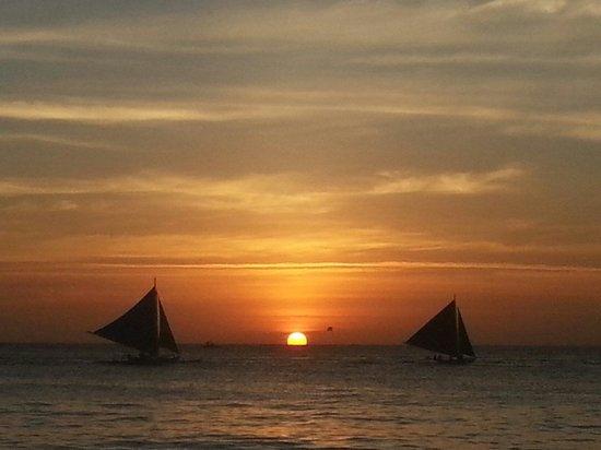 White Beach: Sunset at White Sands