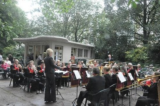 Pavilion Gardens Cafe: Concert Band playing in the Summer