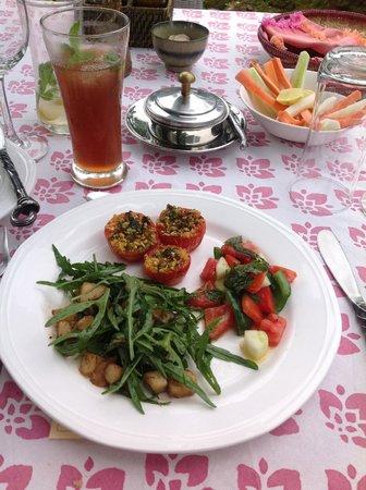 Ahilya Fort: Lunch!