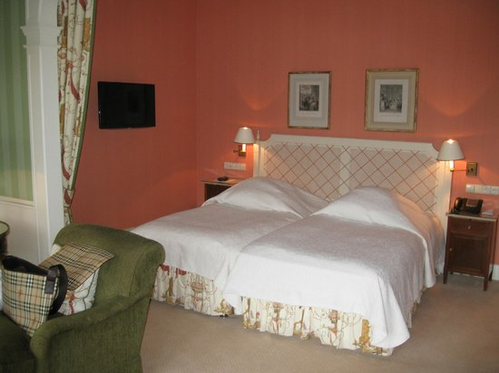 Brenners Park-Hotel & Spa: Bedroom