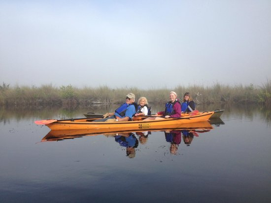 Shurr Adventure Company Day Tours: family kayaking