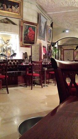 Le Cheval Blanc Wine Bar