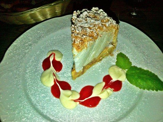 Amatininku Uzeiga : Tarta de manzana con textura espumosa