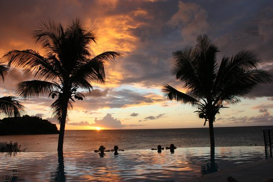 Bolans, Antigua: Sunset pool.