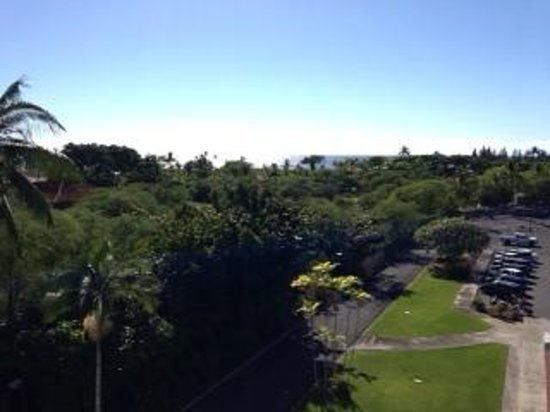 Courtyard by Marriott King Kamehameha's Kona Beach Hotel: balcony view